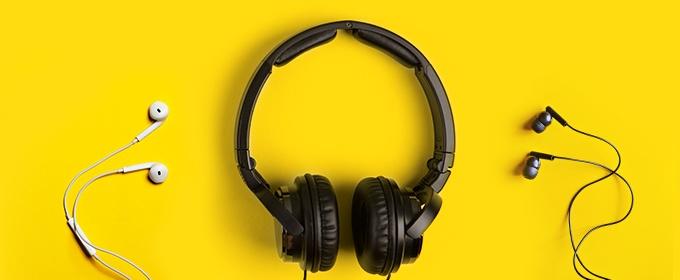blogTitle-ecom-podcasts_die_sie_hoeren_sollten