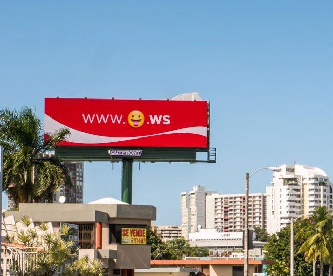 campaña publicitaria emojis Coca Cola